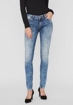 Vero Moda - VMLOLA - Slim fit jeans - medium blue denim