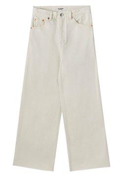 PULL&BEAR - Jeans a zampa - white