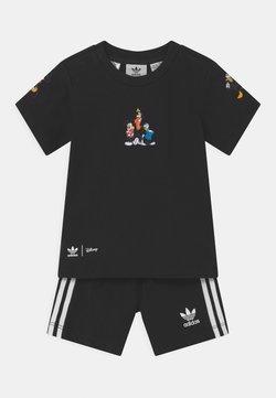 adidas Originals - DISNEY CHARATER SHORT TEE SET - Short - black