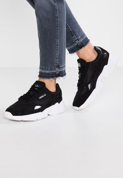 adidas Originals - FALCON - Sneaker low - core black/footwear white