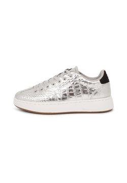 Woden - Sneakers - silber