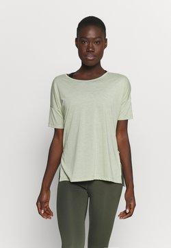 Nike Performance - YOGA LAYER - T-Shirt basic - celadon heather/olive aura