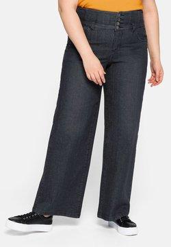Sheego - Jeans a zampa - black denim