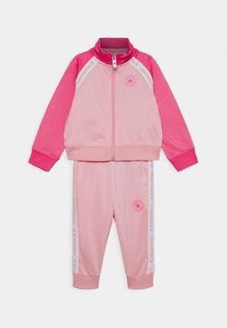 Converse - CHUCK SET - Hoodie met rits - coastal pink