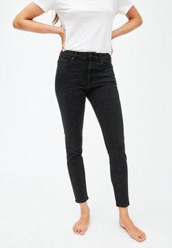 ARMEDANGELS - TILLY - Slim fit jeans - washed down black