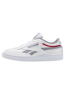 Reebok Classic - CLUB C REVENGE SHOES - Sneaker low - white