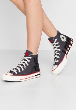 Converse - CHUCK 70 - Sneakersy wysokie - thunder grey/university red/egret