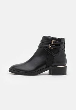Dorothy Perkins - MINKIE MULTISTRAP CLIP CHELSEA - Ankle Boot - black