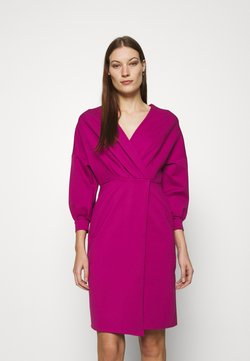 Closet - PLEATED WRAP PENCIL DRESS - Kjole - magenta