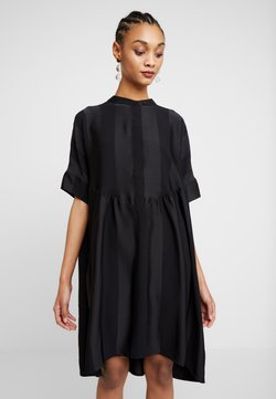 Selected Femme - SLFVIOLA OVERSIZE DRESS - Sukienka koszulowa - black