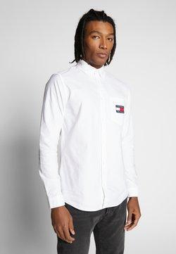 Tommy Jeans - OXFORD BADGE  - Skjorta - white