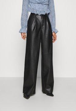 NA-KD - PLEAT DETAIL PANTS - Stoffhose - black