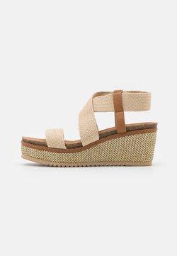 Refresh - Platform sandals - beige