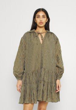 Glamorous - SMOCK DRESS WITH LONG SLEEVES - Blusenkleid - olive/metallic gingham