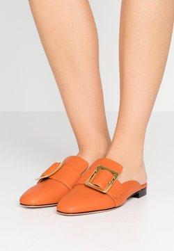 Bally - JANESSE - Matalakantaiset pistokkaat - mandarin