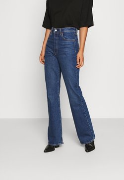 Levi's® - RIBCAGE BOOT - Jeans bootcut - turn up