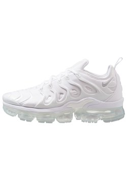 Nike Sportswear - AIR VAPORMAX PLUS - Sneaker low - white/pure platinum