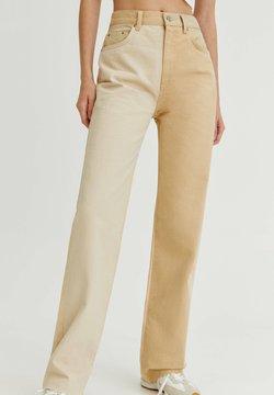 PULL&BEAR - PATCHWORK - Jeansy Straight Leg - mottled beige