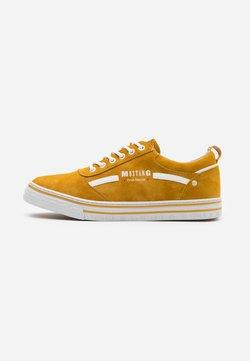 Mustang - Sneaker low - yellow