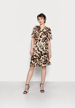 InWear - YASMEEN WRAP DRESS - Freizeitkleid - natural big