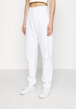 NA-KD - LOOSE - Jeans relaxed fit - white