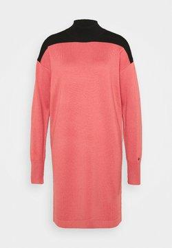 Calvin Klein - DRESS - Jumper dress - antique pink
