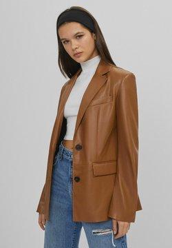 Bershka - Imiteret læderjakke - brown