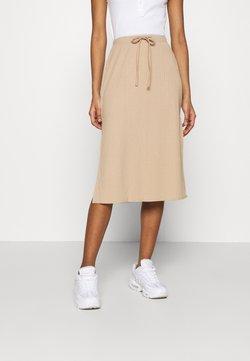 Fashion Union - BRYONY  - Kynähame - beige