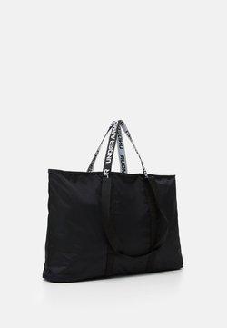 Under Armour - WOMEN'S FAVORITE TOTE 2.0 - Sports bag - black