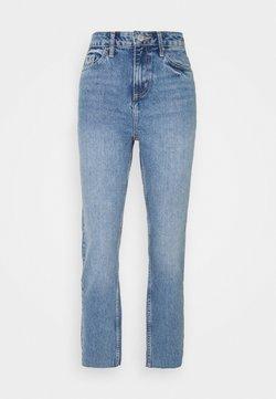 Miss Selfridge - LIGHT MID - Jeans Slim Fit - mid blue