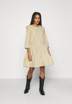 Minimum - SKALINA  - Sukienka letnia - cornhusk