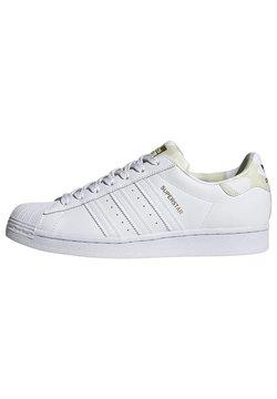 adidas Originals - SUPERSTAR - Sneakersy niskie - white