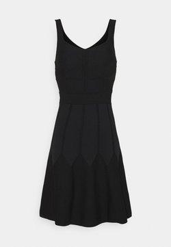 Pinko - GOLF ABITO - Vestido de punto - black