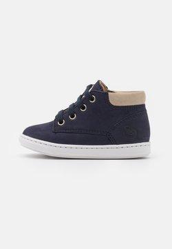Shoo Pom - BOUBA ZIP DESERT - Sneaker high - navy/sand