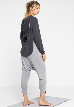 Free People - BACK INTO IT HOODIE - Jersey con capucha - black