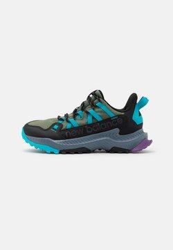 New Balance - SHANDO - Zapatillas de trail running - green