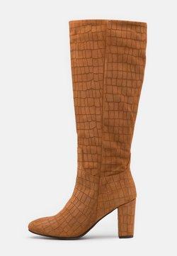 Vero Moda - VMMELAN BOOT - Stiefel - cognac