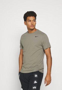 Nike Performance - TEE CREW SOLID - Camiseta básica - light army/black
