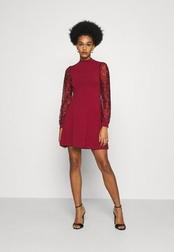 ONLY - ONLMILLE LIFE - Jerseyklänning - pomegranate