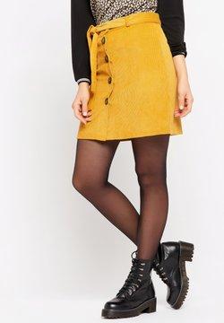 LolaLiza - WITH BUTTONS - A-lijn rok - bright ochre