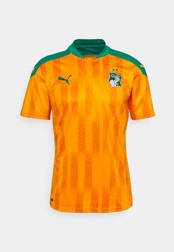 Puma - ELFENBEINKÜSTE FIF HOME SHIRT REPLICA - T-Shirt print - flame orange/pepper green