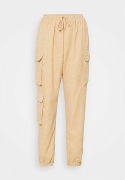 Missguided - ELASTICATED WAIST CARGO TROUSER - Pantalones - cream