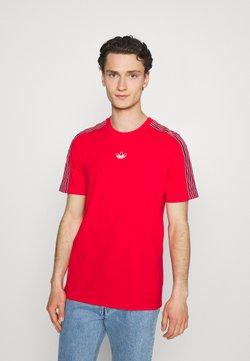 adidas Originals - STRIPE UNISEX - T-Shirt print - vivid red