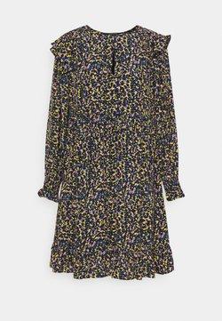 Scotch & Soda - PRINTED DRAPEY DRESS WITH SHOULDER RUFFLES - Freizeitkleid - multicoloured