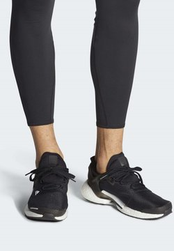 adidas Performance - ALPHATORSION BOOST SHOES - Laufschuh Neutral - black