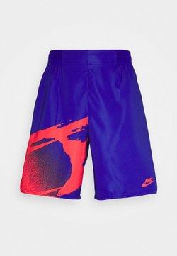 Nike Performance - SLAM - Pantalón corto de deporte - ultramarine/solar red