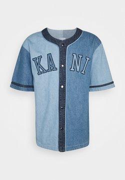Karl Kani - COLLEGE BLOCK BASEBALL SHIRT UNISEX - Camicia - blue