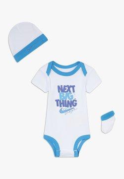 Nike Sportswear - MOTIVATE VERBIAGE BABY SET  - Cadeau de naissance - white