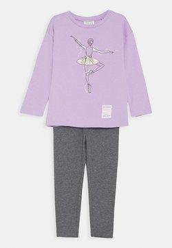OVS - TERRY JOGGING SET - Sweatshirt - lavendula