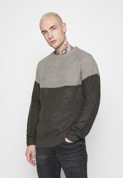 Only & Sons - ONSKELVIN CREW NECK - Jersey de punto - medium grey melange